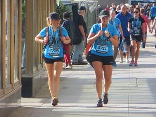 20130928 03 Runners