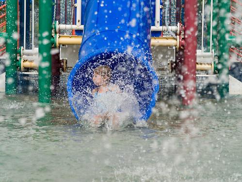 Splash pad slide