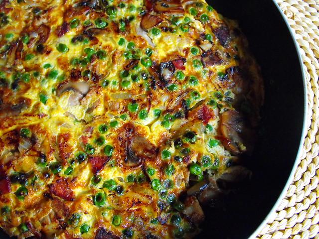 Tortilha de carne com legumes