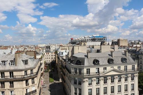 La rue Nicolas Flamel depuis la tour saint Jacques