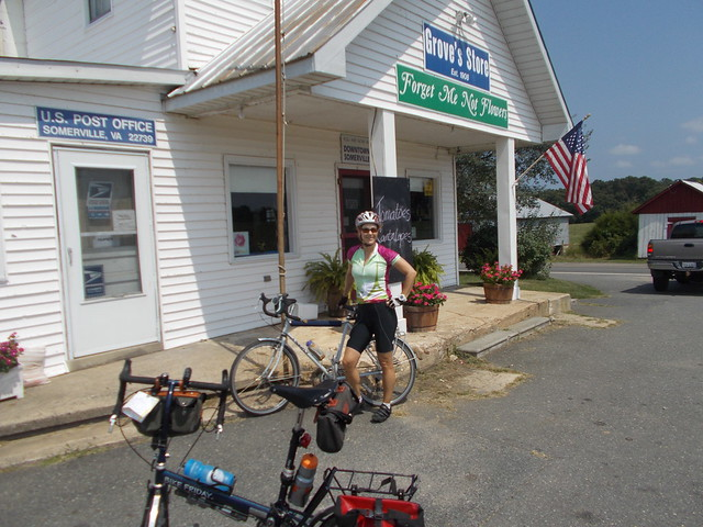 @ultrarunnergirl at a food stop