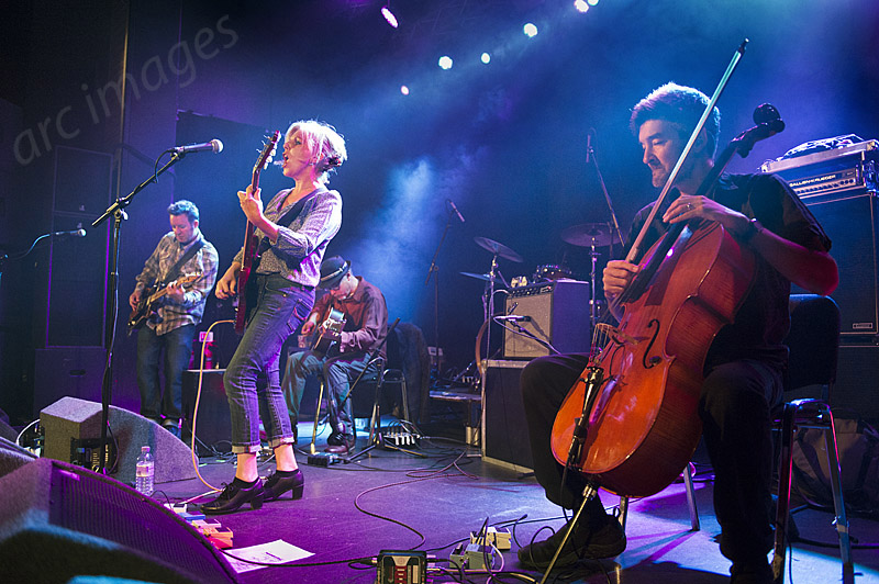 Tanya Donelly band, Manchester Academy, 19-9-14