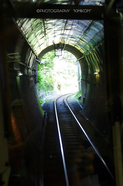 江ノ電 「極楽洞」トンネル