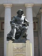 Velazquez Statue