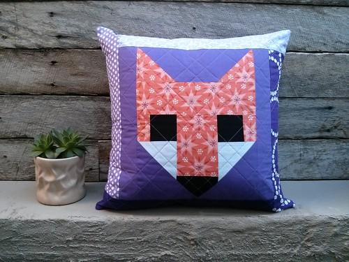 fox cushion front