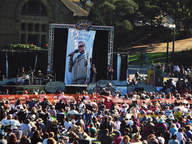 Robin Williams tribute at Comedy Day in Golden Gate Park, San Francisco (2014)