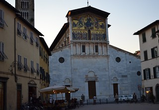 Lucca at dusk