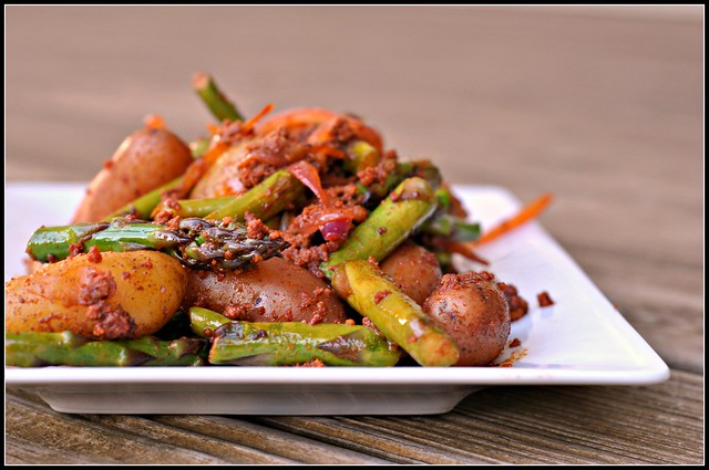Smoky Potatoes with Asparagus and Chorizo 1