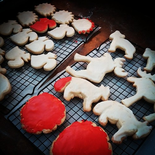 @genmae5 made moose, fox, bear and squirrel sugar cookies...