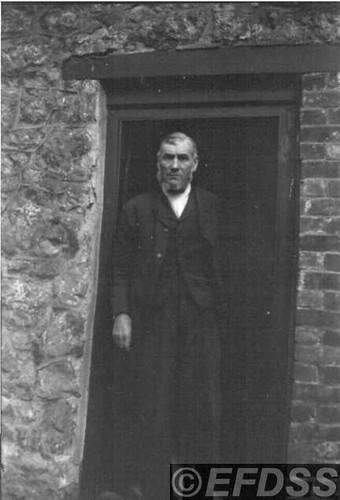 B37b HENDY, Thomas (1835-1911)