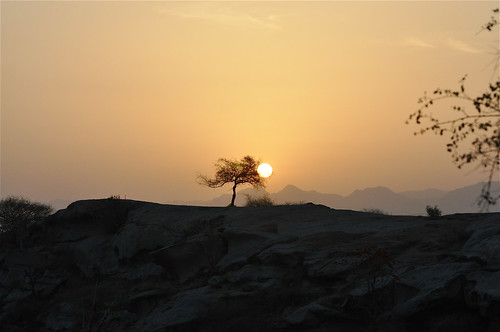 light sun sunlight india mountains sunrise landscape rocks silhouettes pali rajasthan rememberthatmomentlevel1 rememberthatmomentlevel2 rememberthatmomentlevel3