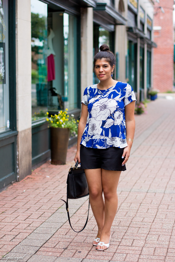 blue and white floral blouse, black shorts-4.jpg