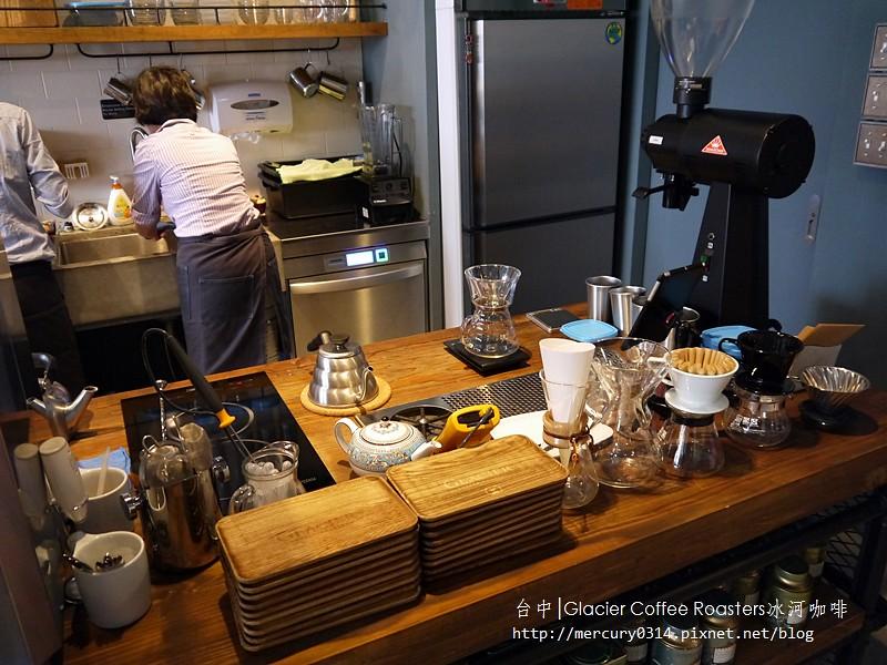 14790745178 4dcd7ee539 b - 熱血採訪。台中西屯【冰河咖啡Glacier Coffee Roasters】喝得到第三波北歐咖啡浪潮的咖啡館,手沖咖啡義式咖啡甜點都好棒