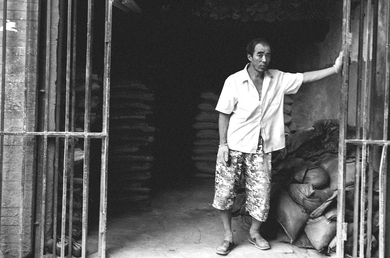32/365: Manual Labor