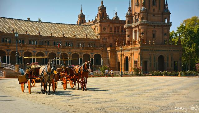 place espana seville caleche