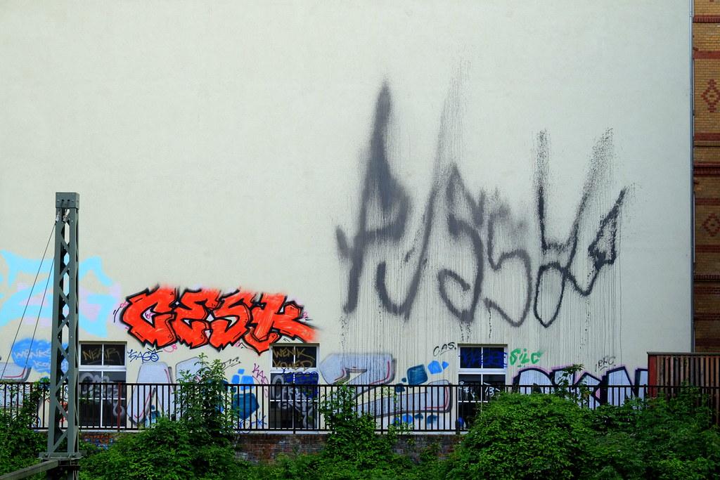 streetart | pussy | berlin