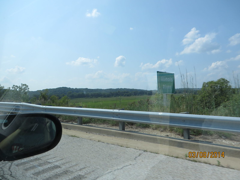 Illinois River Sign