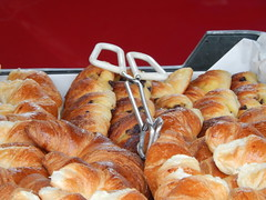 meal(0.0), bread(0.0), dessert(0.0), baking(1.0), baked goods(1.0), bakery(1.0), food(1.0), bread roll(1.0), viennoiserie(1.0), cuisine(1.0), danish pastry(1.0), croissant(1.0),