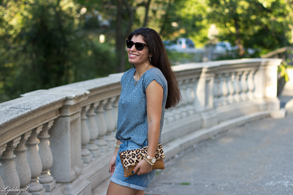 boyfriend denim shorts, silk top, leopard clutch-6.jpg