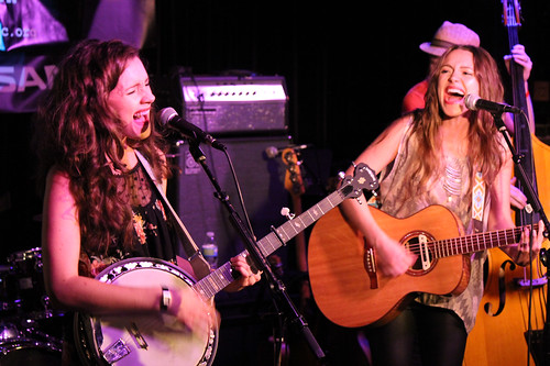 The Vespers' Phoebe and Callie Cryar sing and play