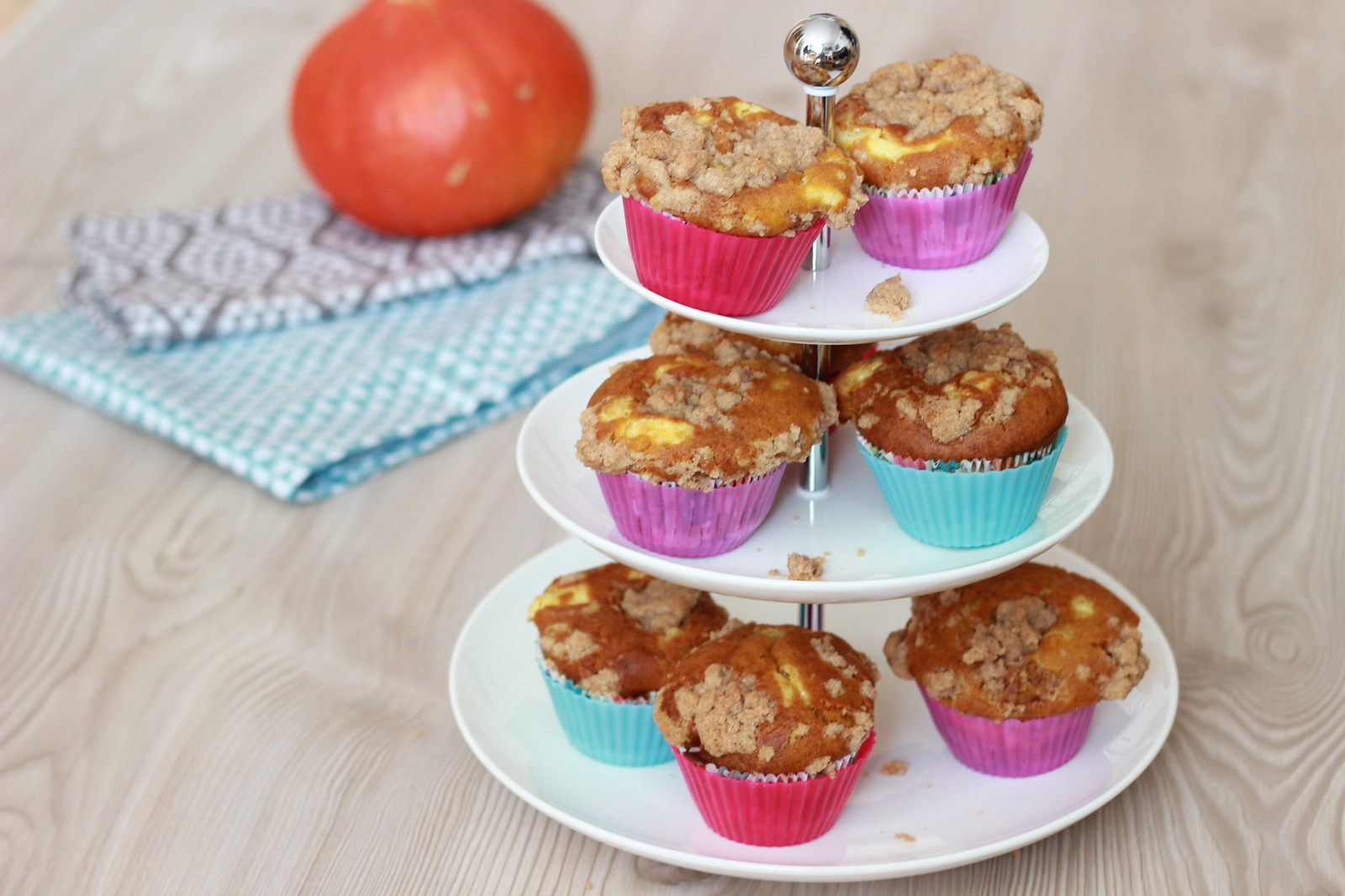 Pumpkin Cheesecake Muffins 07