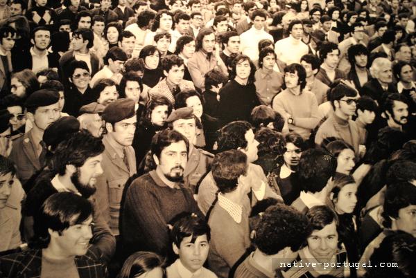 23 - 25 апреля 1974 года - революция гвоздик в Португалии - Каштелу Бранку