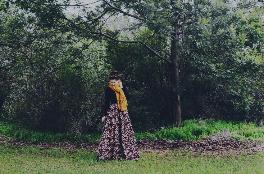MitV-floral-skirt g
