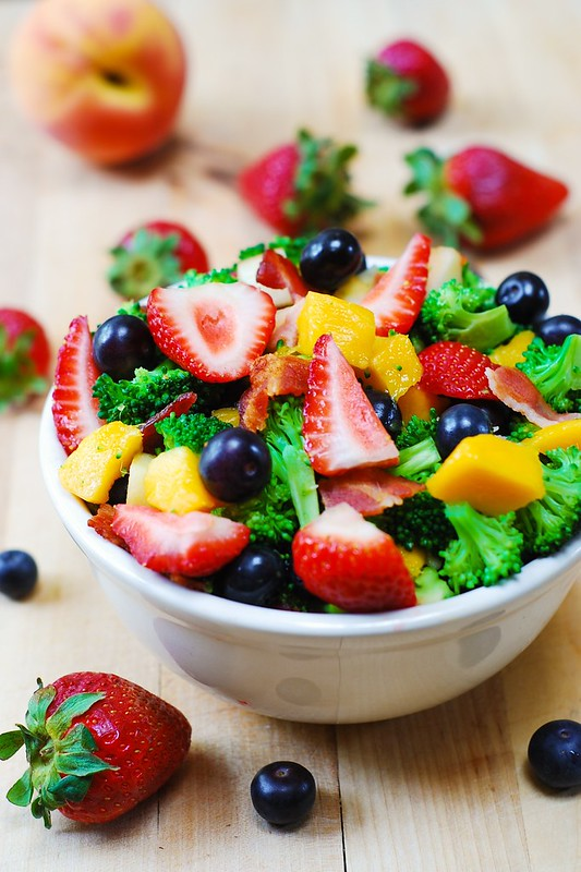 gluten free salad, gluten free recipes, broccoli salad with bacon, blueberries, strawberries, mango, fruit salad, healthy salad, healthy recipes