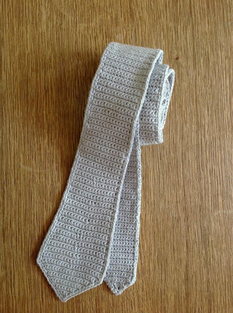 Suvis Crochet Skinny Tie