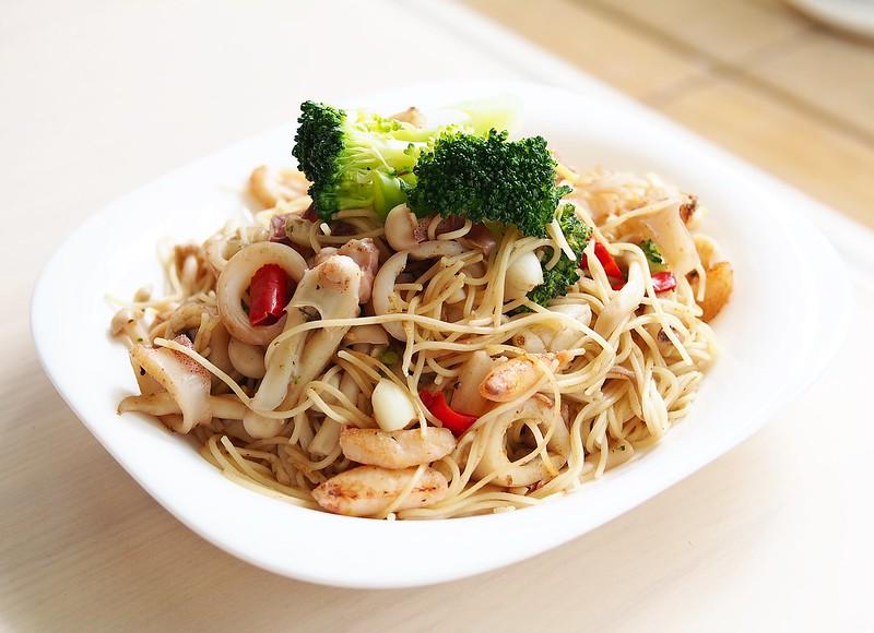 day055-午餐-蒜香海鮮義大利麵