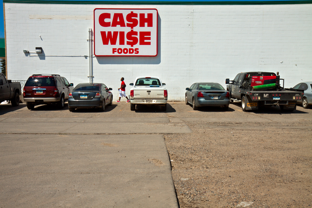 CASH-WISE-FOODS--Williston