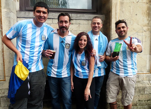 Argentinians in Brussels, three hours before the World Cup final