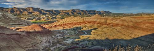 panorama nature oregon landscape desert bluesky hike paintedhills nationalmonument lateafternoon johndayfossilbedsnationalmonument oregondesert