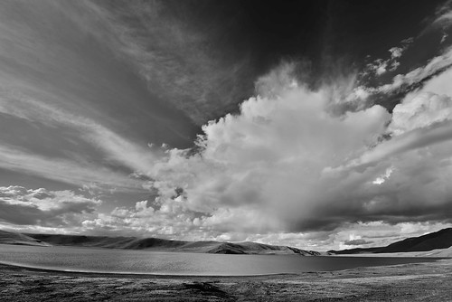 sky water clouds blackwhite asia lakes mongolia centralasia khovdmongolia