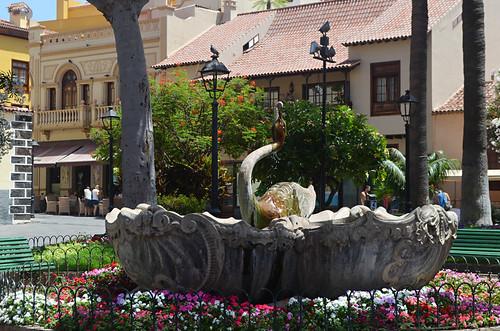 Swan Fountain, Puerto de la Cruz, Tenerife