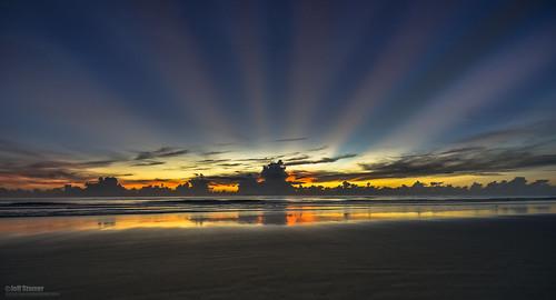 sunburst sunrays newsmyrnabeach godrays floridasunrise beachsunrise oceansunrise