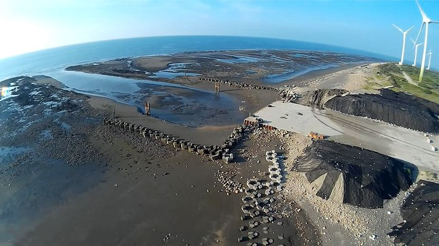 亞東石化臨時港施工現場,20140827(圖片來源:桃園在地聯盟)
