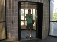Gabriel in the round elevator