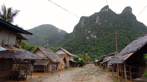 2014 bansopjam laos luangprabangprovince nikon p300 asia