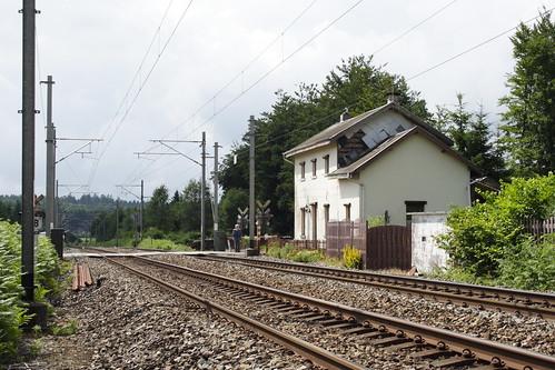 20080628 036 Nollevaux. Line 166, Lijn 166, Ligne 166, Track, Level Crossing, Closed Station Direction Paliseul