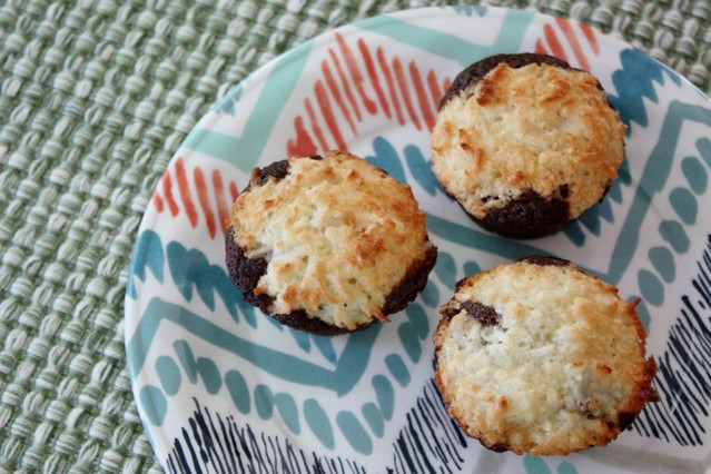coconut-macaroon-brownie-bites