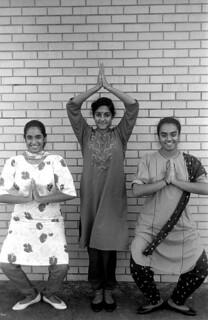 Dancer Nila Radhakrishnan with her apprentices-Dade City