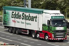 Volvo FH 6x2 Tractor with Biomass 3 Axle Walking Floor Trailer - PX11 BWK - H8509 - Karin - Eddie Stobart - M1 J10 Luton - Steven Gray - IMG_0710