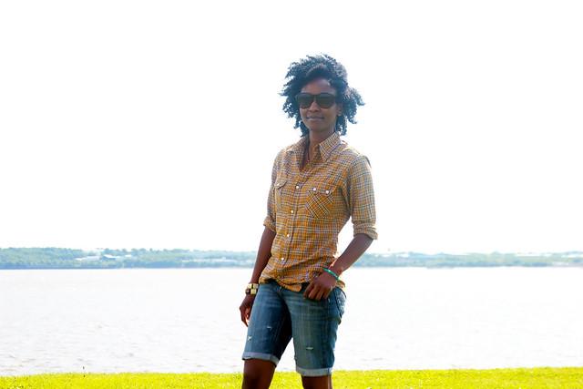 cuffed-denim-shorts-&-checked-men's-shirt