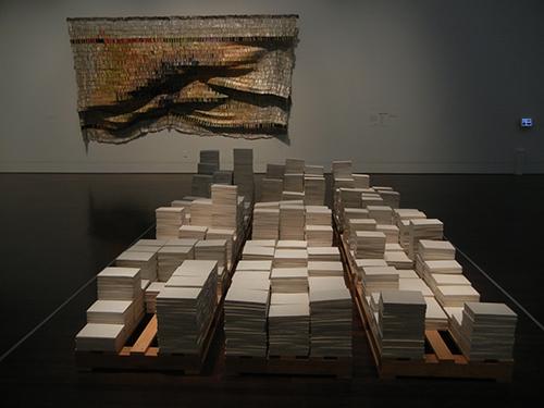 DSCN1261 _ 2244 Módulos [2244 Modules], 1997, Isabel Del Río & Seepage, 2007, El Anatsui, Blanton Museum
