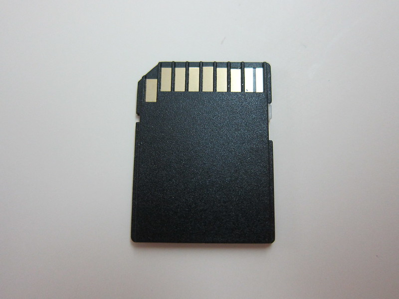 Strontium Nitro Plus MicroSDHC UHS-1 Card - MicroSD to SD Card Adapter Back