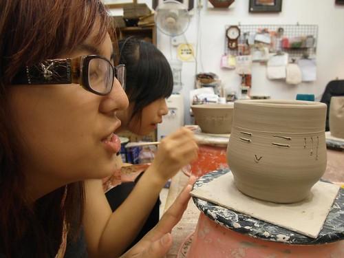 鶯歌自己動手做陶瓷 捏陶畫杯樣樣來12