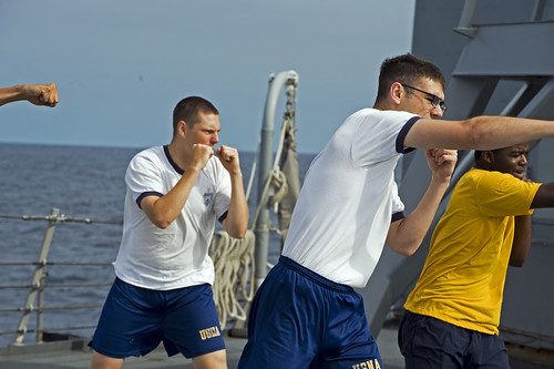 USS Ingraham Hosts US Naval Academy Midshipmen Cruise