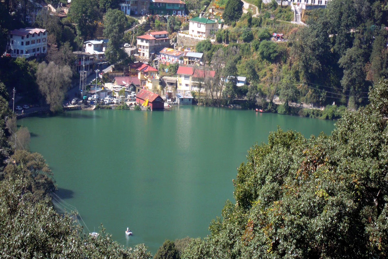 नैनीताल झील