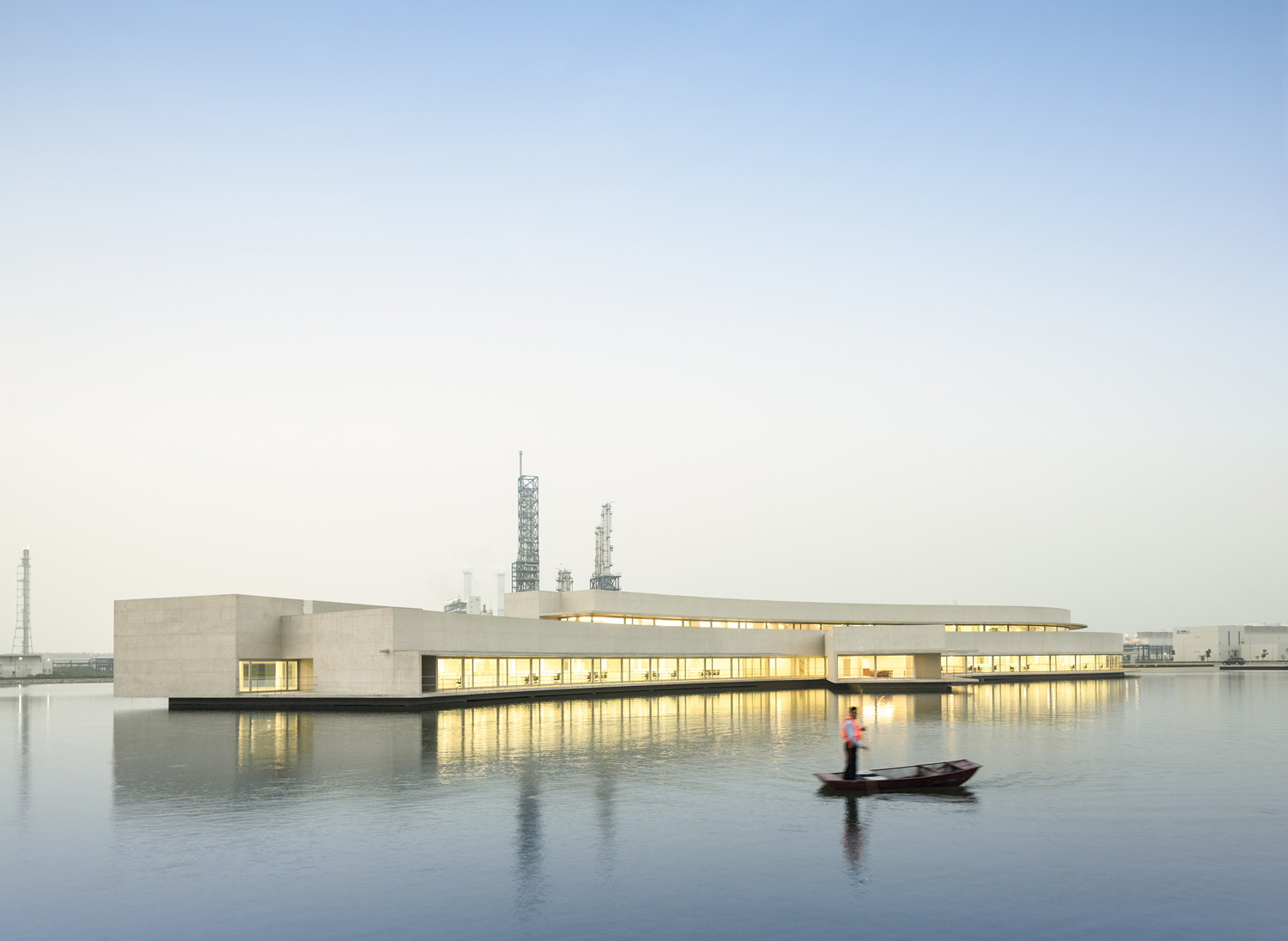 mm_The Building on the Water design by Álvaro Siza + Carlos Castanheira_09